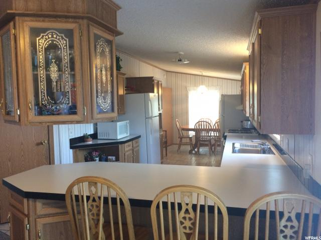 Additional photo for property listing at 165 S 200 W 165 S 200 W Vernal, Utah 84078 United States