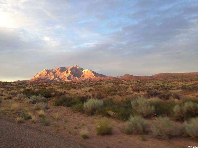 Terrain pour l Vente à 391 N PLATEAU Drive 391 N PLATEAU Drive Ticaboo, Utah 84533 États-Unis