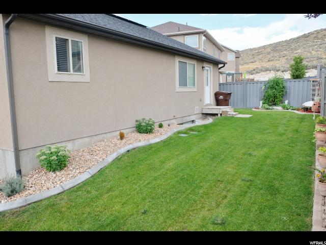 Additional photo for property listing at 7555 N PINECONE Road 7555 N PINECONE Road Eagle Mountain, Utah 84005 États-Unis