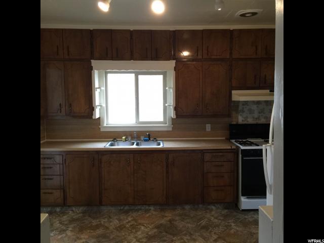 Additional photo for property listing at 63 S 200 E 63 S 200 E Helper, Utah 84526 Estados Unidos