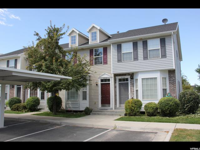 Casa unifamiliar adosada (Townhouse) por un Venta en 795 N 200 E 795 N 200 E Springville, Utah 84663 Estados Unidos
