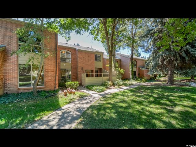 Casa unifamiliar adosada (Townhouse) por un Venta en 3263 N SHADOWBROOK Circle Provo, Utah 84604 Estados Unidos