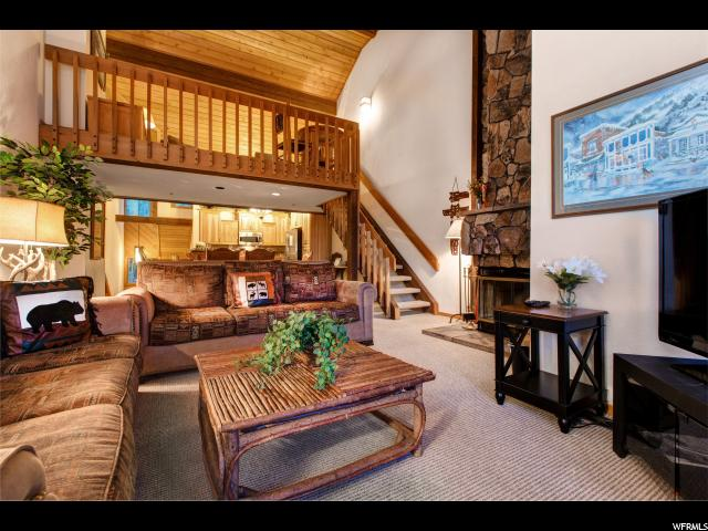 Additional photo for property listing at 7956 RDIGEPOINT Drive 7956 RDIGEPOINT Drive Unit: 132 Deer Valley, Utah 84060 États-Unis