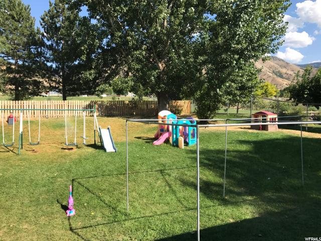 Additional photo for property listing at 2232 N 1450 E 2232 N 1450 E North Logan, Utah 84341 Estados Unidos