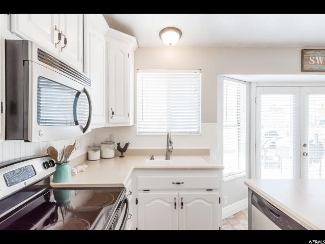 13660 S 2700 Riverton, UT 84065 - MLS #: 1476472