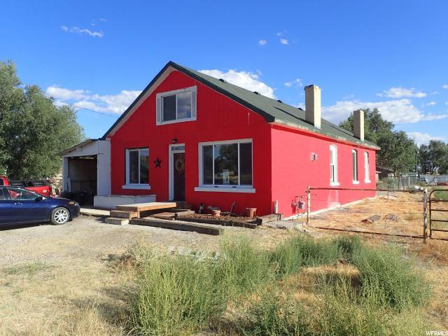 单亲家庭 为 销售 在 40 E 100 N 40 E 100 N Lynndyl, 犹他州 84640 美国