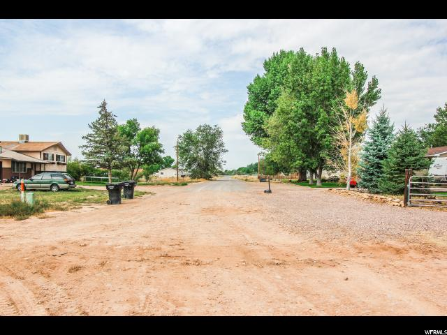 Additional photo for property listing at 5988 E 200 N 5988 E 200 N Fort Duchesne, 犹他州 84026 美国