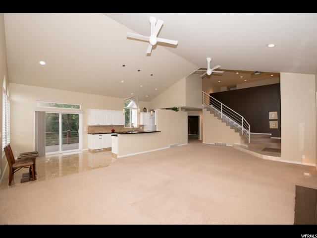 1967 E OAK MANOR DR Sandy, UT 84092 - MLS #: 1476609