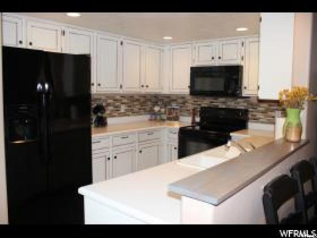 Additional photo for property listing at 3859 S CANYON RIVER WAY 3859 S CANYON RIVER WAY Unit: 3 盐湖城市, 犹他州 84119 美国