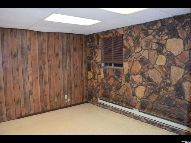 Additional photo for property listing at 160 E HWY 29 160 E HWY 29 Castle Dale, Юта 84513 Соединенные Штаты