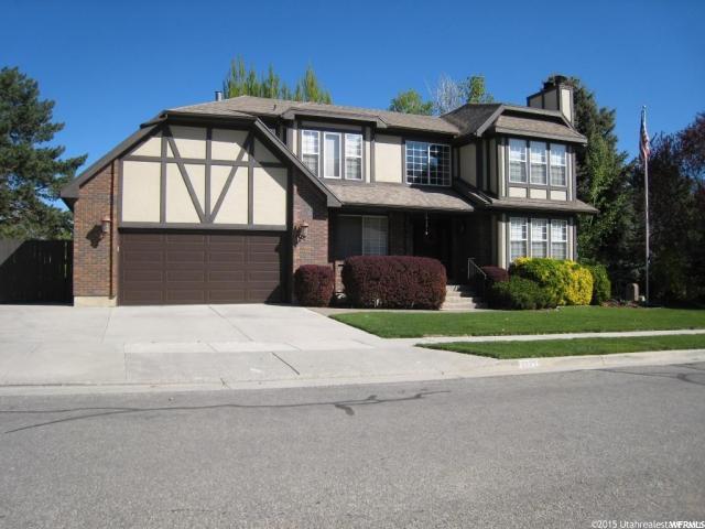 Unique la famille pour l Vente à 2229 POWDERKEG Drive 2229 POWDERKEG Drive Sandy, Utah 84093 États-Unis