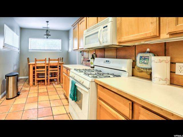 Additional photo for property listing at 180 N 100 E 180 N 100 E Tooele, Юта 84074 Соединенные Штаты