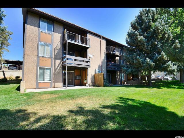 شقة بعمارة للـ Sale في 1826 E 5625 S 1826 E 5625 S Unit: B South Ogden, Utah 84403 United States