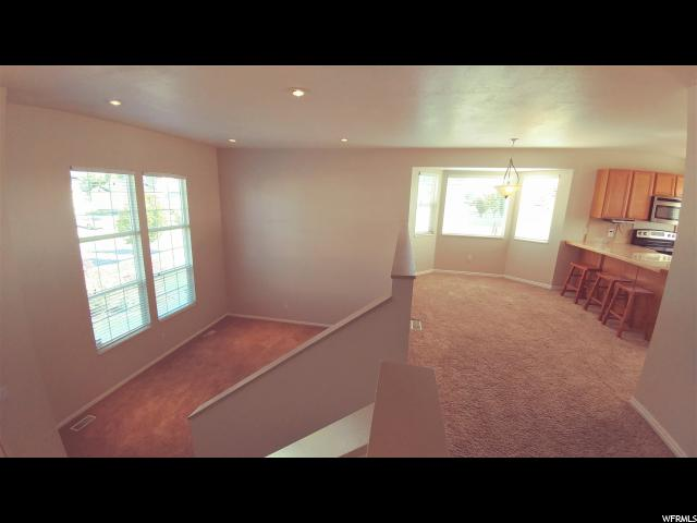 Additional photo for property listing at 1924 S 1450 W 1924 S 1450 W Woods Cross, Utah 84087 États-Unis