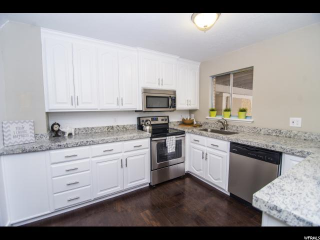 Appartement en copropriété pour l Vente à 188 E 2090 N 188 E 2090 N Provo, Utah 84604 États-Unis