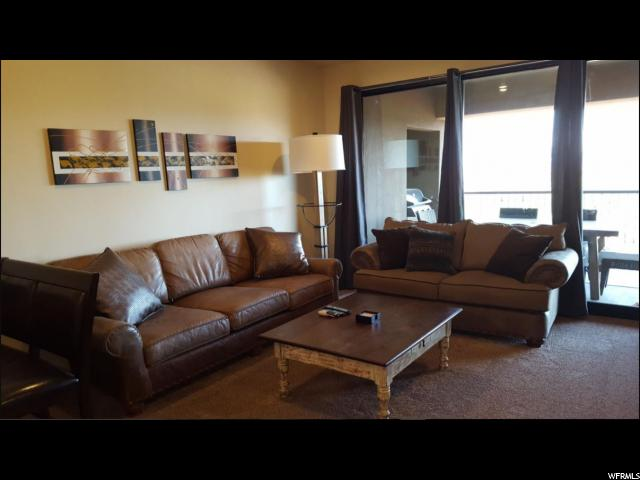 Additional photo for property listing at 5260 W VILLAS Drive 5260 W VILLAS Drive Unit: 3-303 Hurricane, Юта 84737 Соединенные Штаты