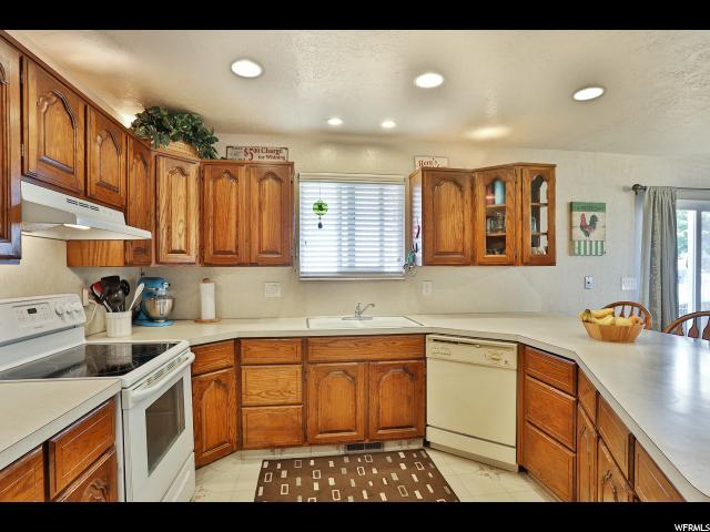 Twin Home للـ Sale في 140 W 2100 N 140 W 2100 N Sunset, Utah 84015 United States