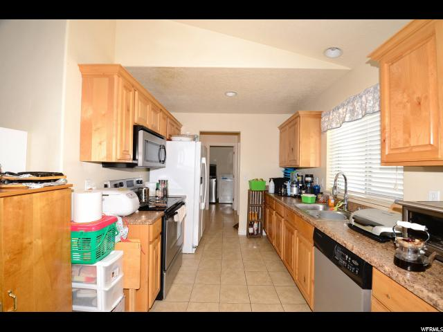 156 W 300 Clearfield, UT 84015 - MLS #: 1477336