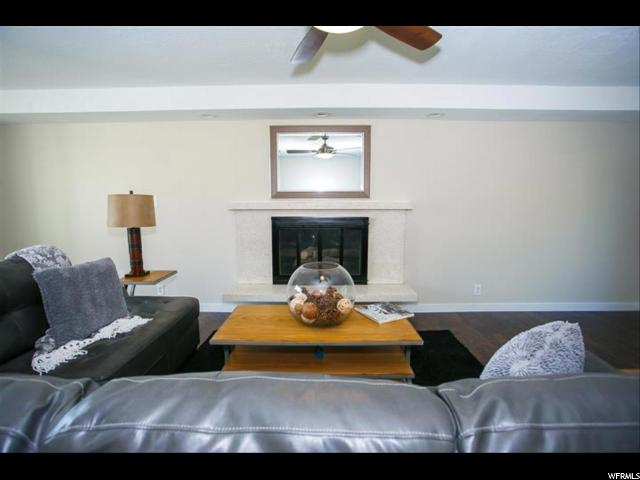 730 LAVINA DR South Ogden, UT 84403 - MLS #: 1477425