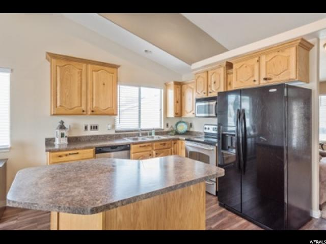 6752 S MAJESTIC LOOP RD West Jordan, UT 84081 - MLS #: 1477530