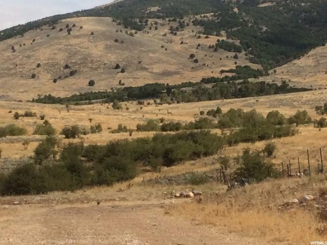 Terrain pour l Vente à 4100 N 4100 N Eden, Utah 84310 États-Unis