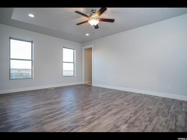 Additional photo for property listing at 10993 S PORCINI Drive 10993 S PORCINI Drive Unit: 8-514 South Jordan, Utah 84009 États-Unis