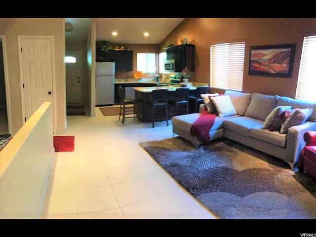 Additional photo for property listing at 11839 S INAUGURATION 11839 S INAUGURATION Draper, Utah 84020 Estados Unidos