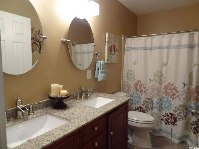 Additional photo for property listing at 15686 S WOOD HOLLOW Drive 15686 S WOOD HOLLOW Drive Bluffdale, 犹他州 84065 美国
