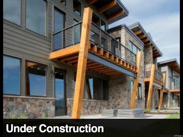 Casa unifamiliar adosada (Townhouse) por un Venta en 3453 N 5250 E 3453 N 5250 E Unit: 504 Eden, Utah 84310 Estados Unidos