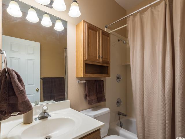 Additional photo for property listing at 5869 W 10800 N 5869 W 10800 N Highland, Юта 84003 Соединенные Штаты