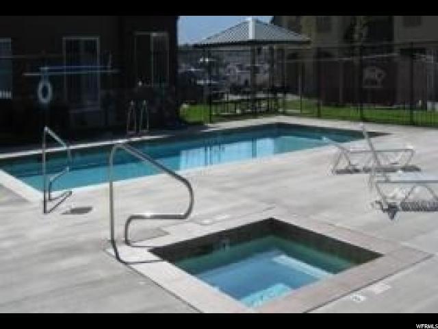 Кондоминиум для того Продажа на 308 S 740 W 308 S 740 W Unit: 303 Pleasant Grove, Юта 84062 Соединенные Штаты