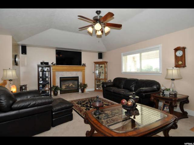2550 W STATEHOOD DR Bluffdale, UT 84065 - MLS #: 1478385