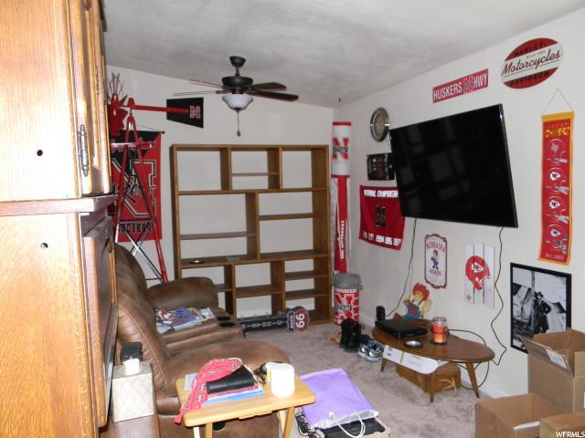 Additional photo for property listing at 1111 N 2000 W 1111 N 2000 W Unit: 56 Farr West, Utah 84404 Estados Unidos