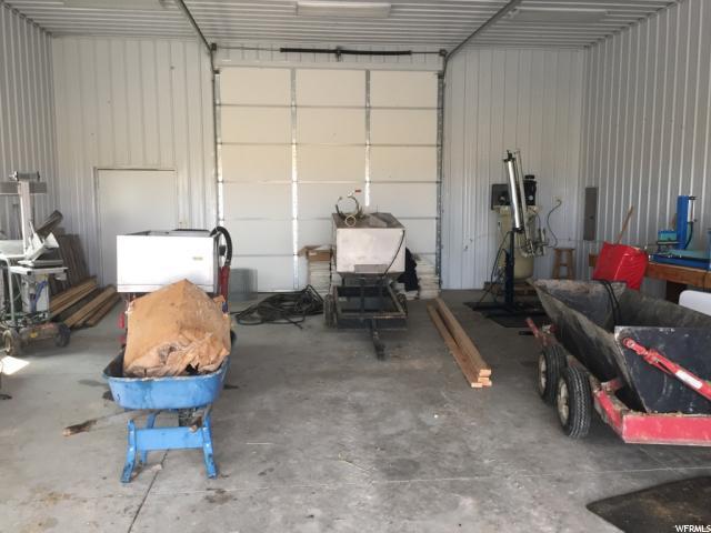 Additional photo for property listing at 12073 4800 12073 4800 Cornish, Utah 84308 Estados Unidos