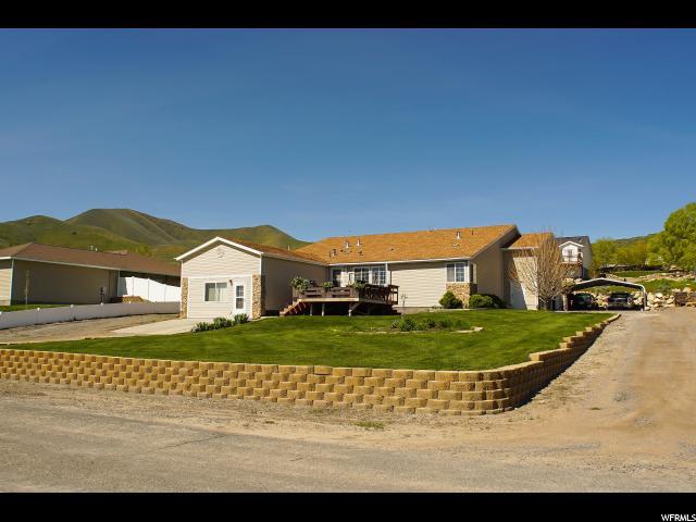 单亲家庭 为 销售 在 10931 ANDERSON WAY Thatcher, 犹他州 84337 美国