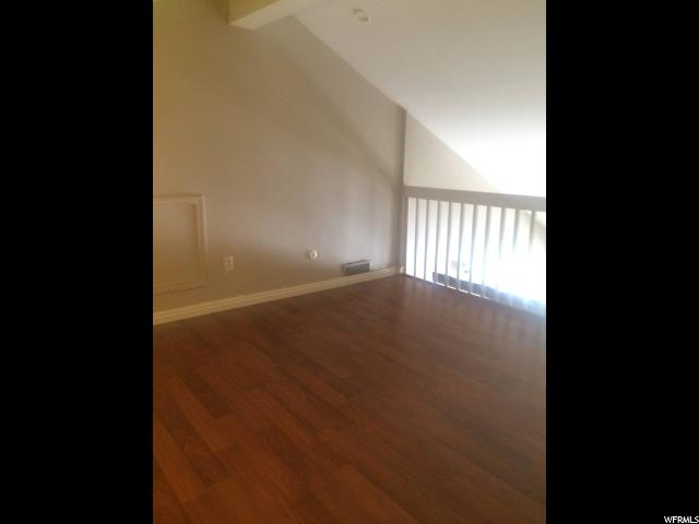 Additional photo for property listing at 424 N CENTER Street 424 N CENTER Street Unit: 311 Salt Lake City, Utah 84103 États-Unis