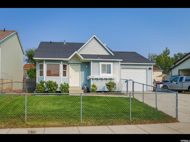 Single Family للـ Sale في 2529 S MELVILLE Drive 2529 S MELVILLE Drive Magna, Utah 84044 United States