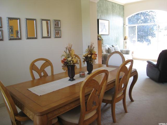 Additional photo for property listing at 1121 E SANDERS Road 1121 E SANDERS Road Sandy, Utah 84094 États-Unis