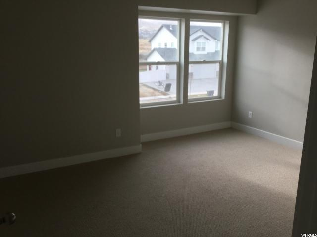 Additional photo for property listing at 2916 S YELLOW BILL Drive 2916 S YELLOW BILL Drive Unit: #115 Saratoga Springs, 犹他州 84045 美国
