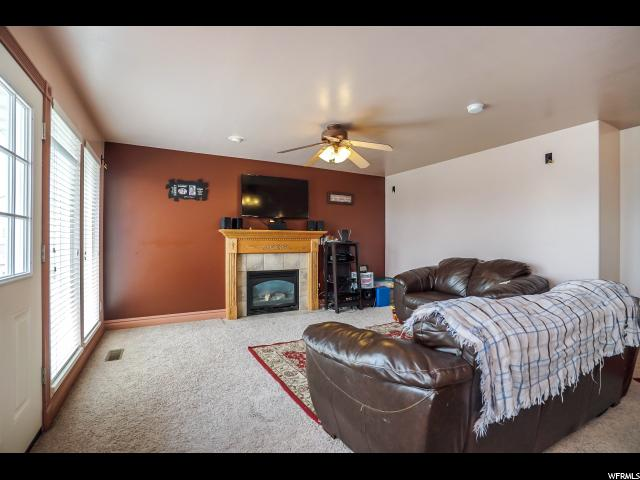 Additional photo for property listing at 2115 N 5 E 2115 N 5 E Layton, 犹他州 84041 美国