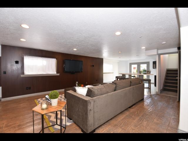 Additional photo for property listing at 716 E WHISPER BEND Drive 716 E WHISPER BEND Drive Draper, Utah 84020 United States