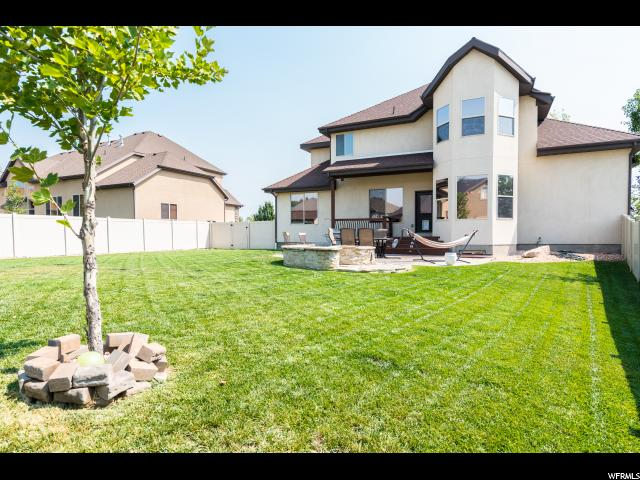 Additional photo for property listing at 10616 S CARRIAGE STAR Circle 10616 S CARRIAGE STAR Circle South Jordan, Utah 84095 États-Unis