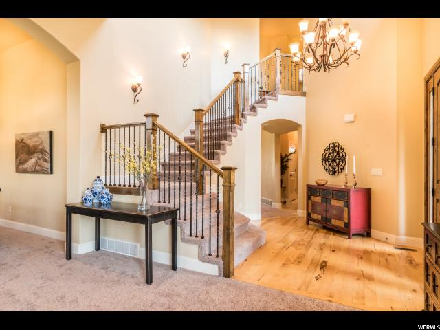 Additional photo for property listing at 10616 S CARRIAGE STAR Circle 10616 S CARRIAGE STAR Circle South Jordan, Utah 84095 Estados Unidos