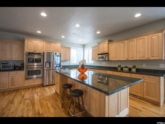 Additional photo for property listing at 423 E WOODRIDGE OAK Drive  Draper, Utah 84020 United States