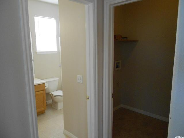 Additional photo for property listing at 7276 S BRITTANY TOWN Drive 7276 S BRITTANY TOWN Drive 西约旦, 犹他州 84084 美国