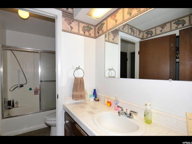 Additional photo for property listing at 2779 W 5500 S 2779 W 5500 S Roy, 犹他州 84067 美国