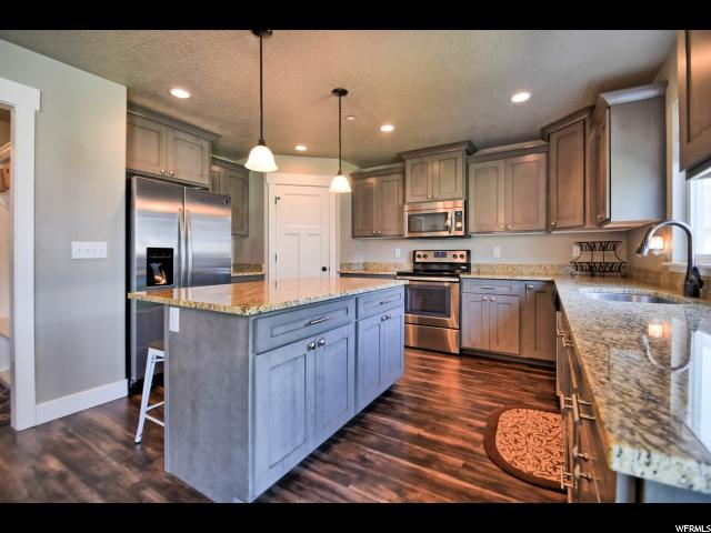 Additional photo for property listing at 521 E CANYON Road 521 E CANYON Road Payson, Utah 84651 United States