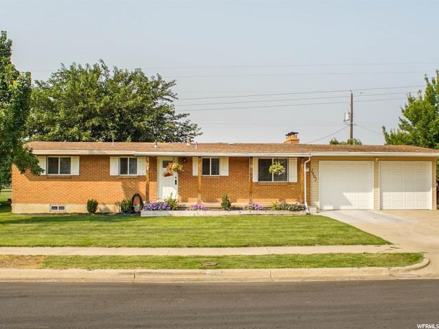 Один семья для того Продажа на 2402 W 4600 S 2402 W 4600 S Roy, Юта 84067 Соединенные Штаты