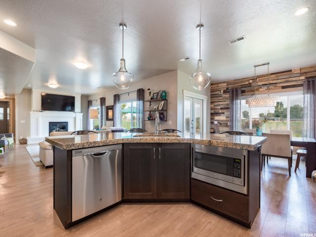 Additional photo for property listing at 1639 S 900 E 1639 S 900 E Lehi, 犹他州 84043 美国