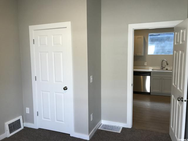 Additional photo for property listing at 1038 E 800 S 1038 E 800 S Salt Lake City, Utah 84102 United States